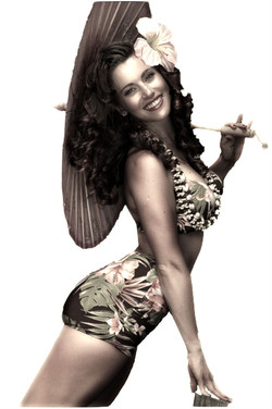 Makinna Ridgway as Monique