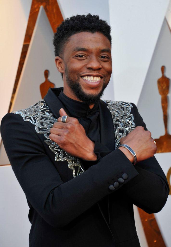 Chadwick Boseman Wakanda pose Oscars