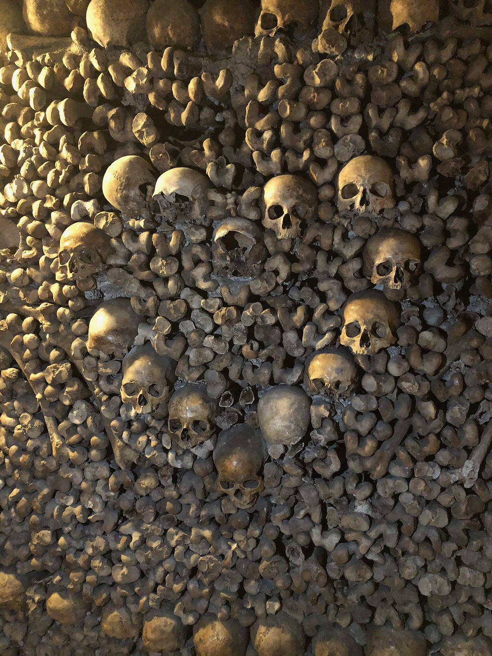 skull heart in Catacombs Paris