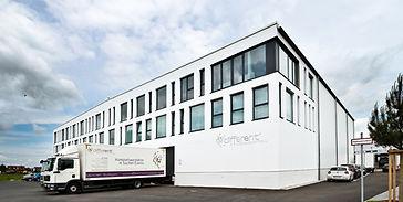 Exterieur- und Interieurfotografie vom Sitz der Firma Different Eventausstattung in Oberschleißheim by Fabio Grazioli Fotografie