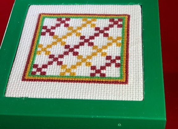 Holiday Shop - Baltimore Belle Quilt style