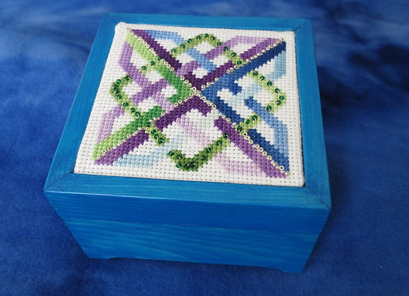 Celtic Designs - Blue on Blue Beaded Knot