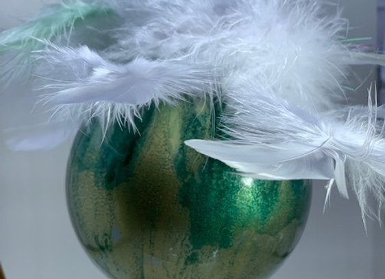 Holiday Shop - Rainforest White/Pale Green Ornament