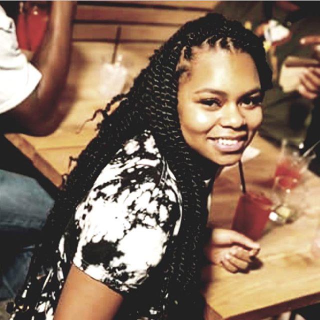 Marley twists on this pretty girl 😍😍😍 #thebohobabe #thegoddesslocsgirl #goddesslocs #tampagoddess