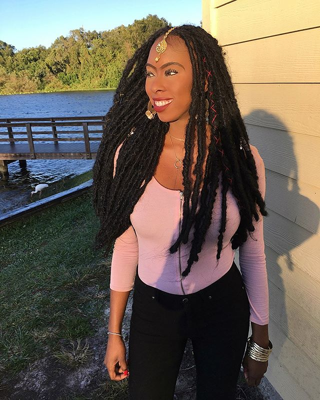 Faux locs on this pretty girl  #hisissy 🌸😘 #thegoddesslocsgirl #goddesslocs #tampagoddesslocs #tam