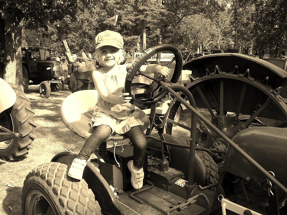 Apple Prairie Farm, tractors, homesteading, work