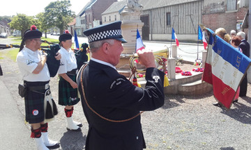Bugler in Mailly-Maillet