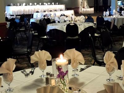 Fountain Hall reception tables