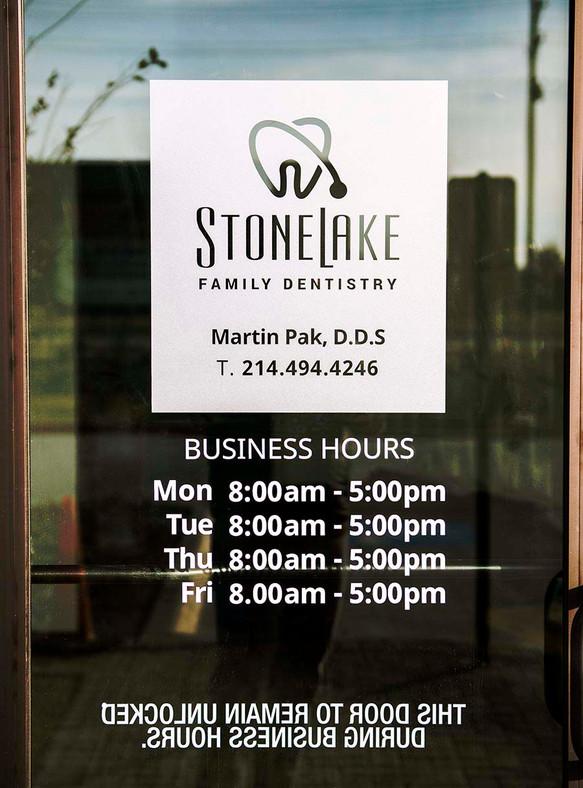 Stonelake Family Dentistry Business Hour.jpeg