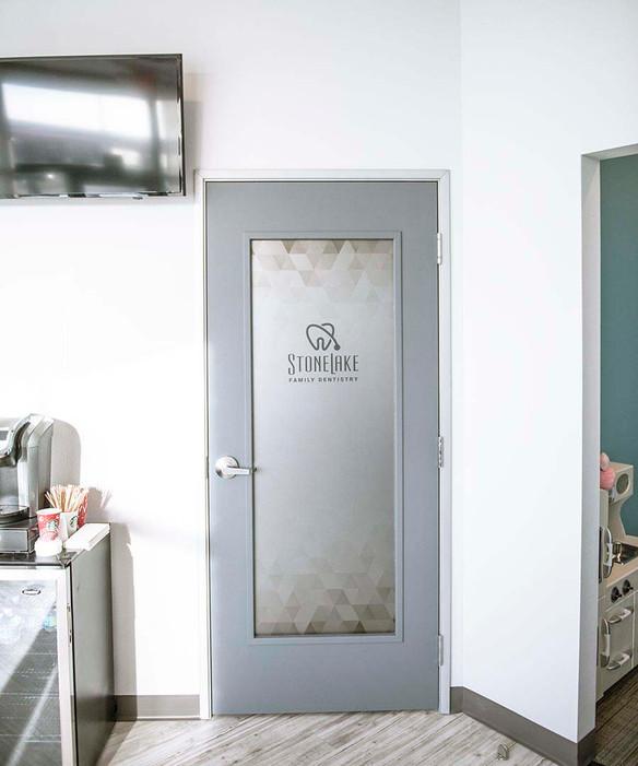 Stonelake Family Dentistry Door Frosted door.jpeg
