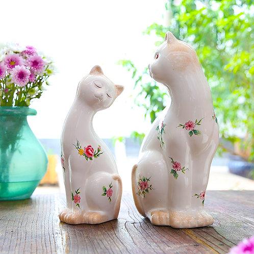 High-end Retro Handmade Ceramic Cat Ornaments