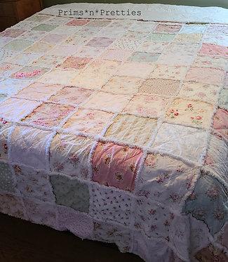 KING rag quilt, Cottage rag quilt, Floral & Roses Rag Quilt