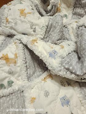 Baby Gray White Animals Rag Quilt, Nursery