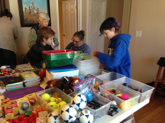 Jen's kids at last years OCC packing par