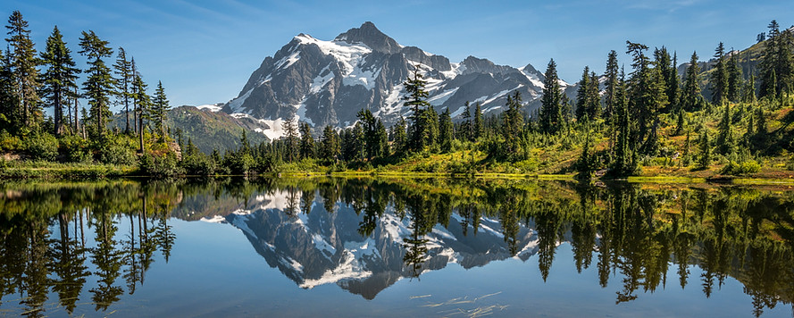 Picture Lake, with Mount Shuksan in the background.
