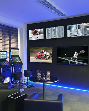 showroom_02.jpg