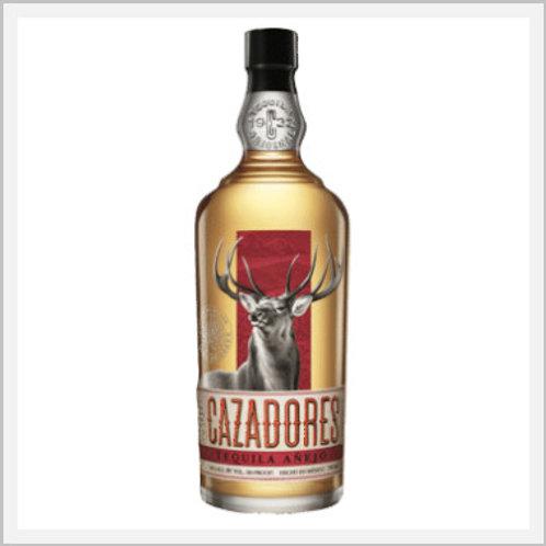 Cazadores Tequila Añejo (750 ml)