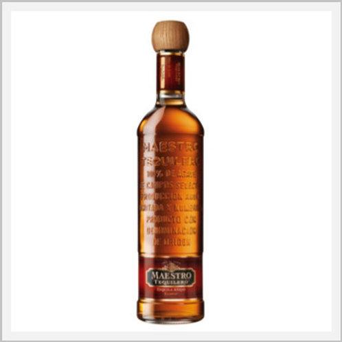 Maestro Tequilero Tequila Añejo (750 ml)