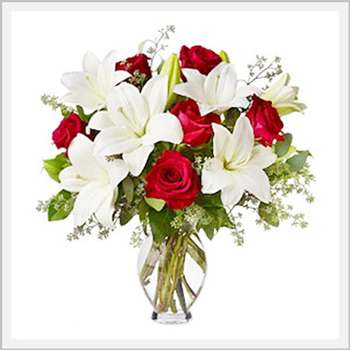 Casa Blancas 10-12 Stems & 1 Dozen Red Roses