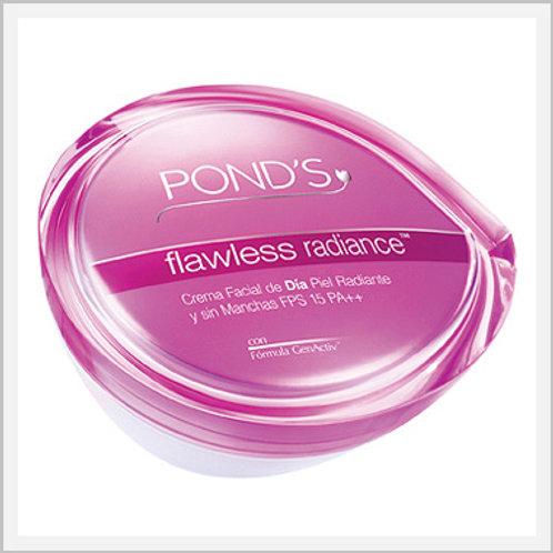 Pond's Flawless Radiance Day Cream SPF 15 (50 ml)