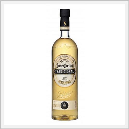 Jose Cuervo Traditional Tequila Reposado (950 ml)