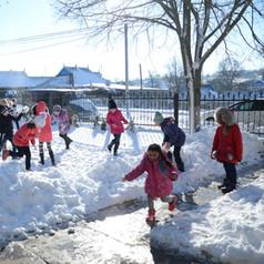 Kind-sein im Gemeinschaftszentrum Antonesti