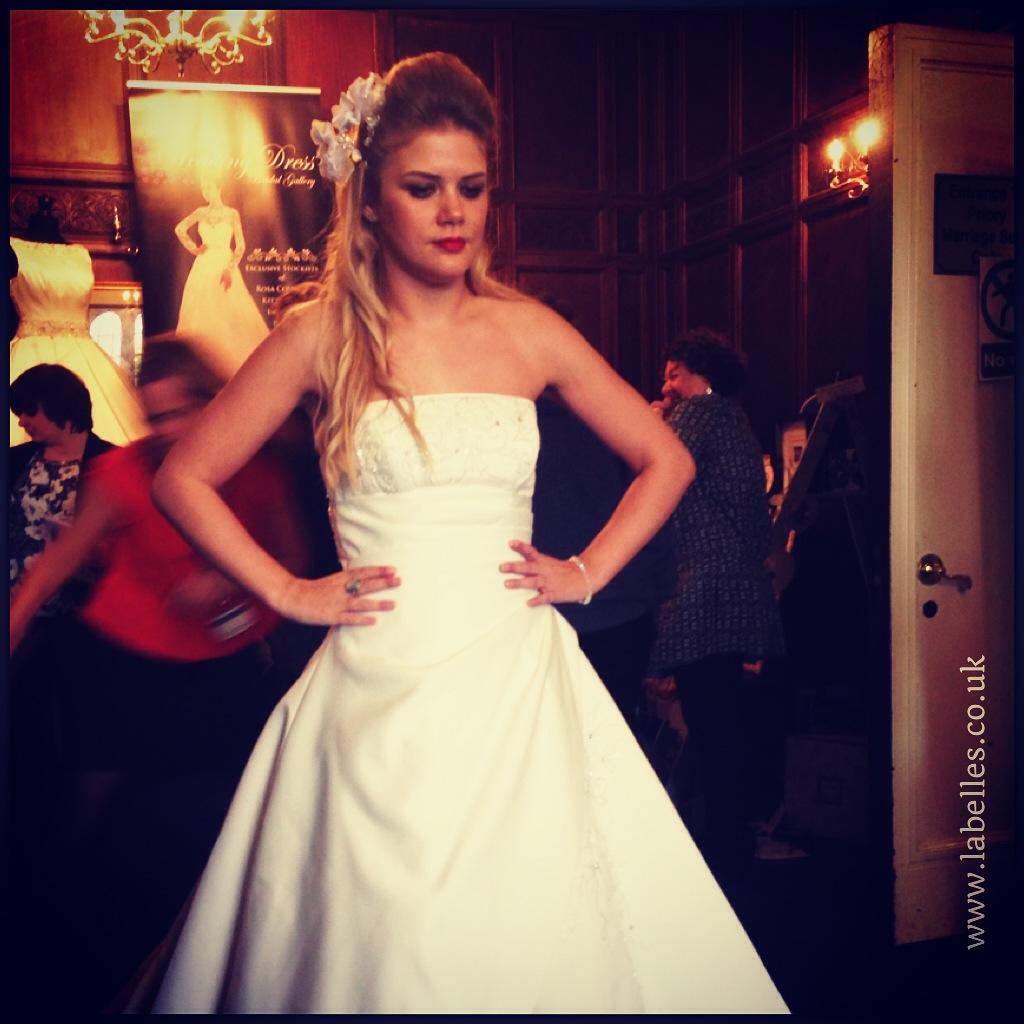 alt_iimg_wedding_dress_bridal_fair_west_midlands_wedding_hairstylist_charlene_parchment