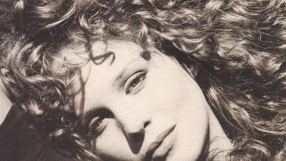 Rosie Vela – Zazu