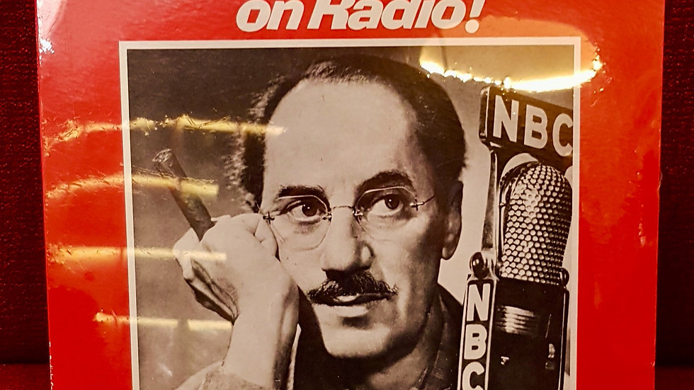 Groucho Marx - Groucho on Radio!