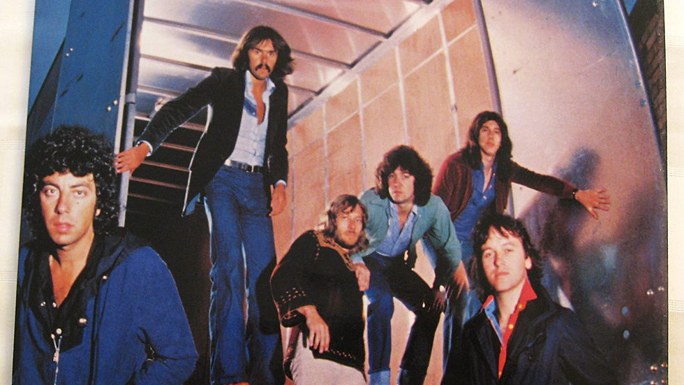 10cc / Live and let live