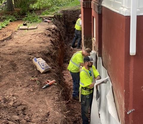 CCW Miraclay bentonite sheet waterproofing being installed