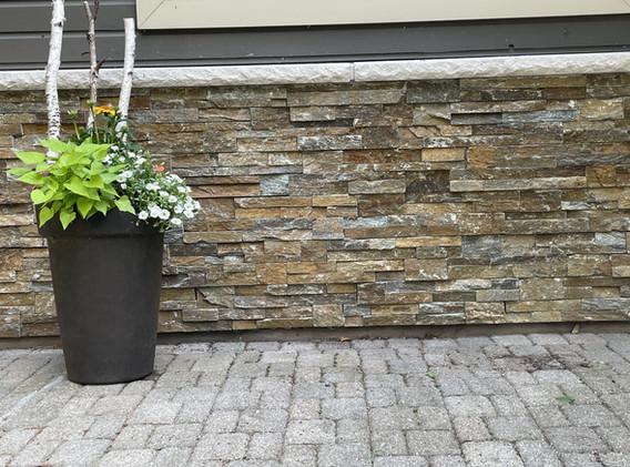 Exterior stone facing