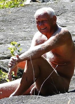 naked older man 12.png