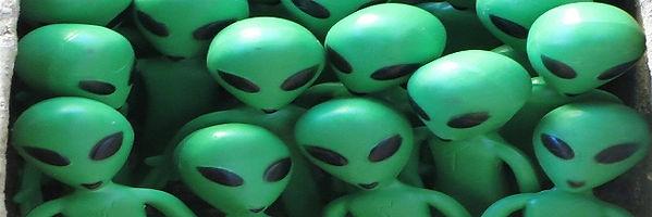 aliens 2.jpg