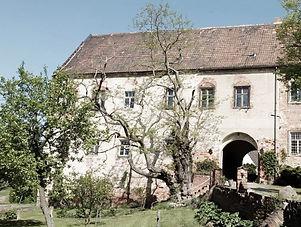Burg Klöden_edited.jpg