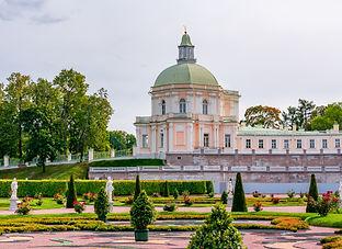 Grand Menshikov Palace in Oranienbaum (Lomonosov), Saint Petersburg, Russia.jpg