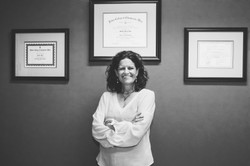 Dr. Mindy Pelz
