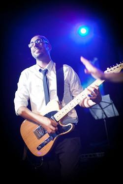 איתמר שליו - מורה לגיטרה