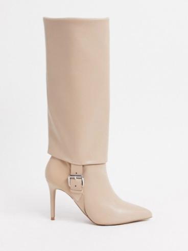 Beige-laarzen-met-hak-sexy