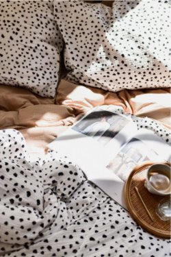 Crisp-sheets-dots-bijenkorf
