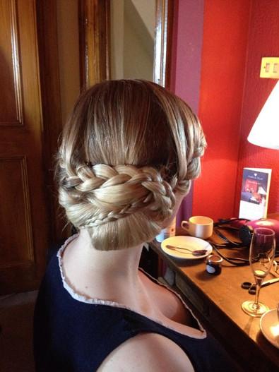 braided-wedding-hairstyles-2016-02_0.jpg