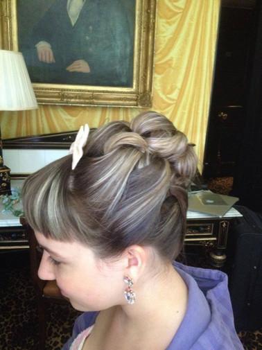 structured-weddings-hairstyles-2016-11.jpg