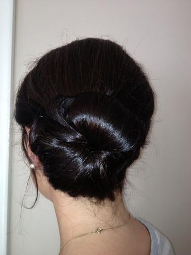 edinburgh-wedding-hair-chignon-24.jpg