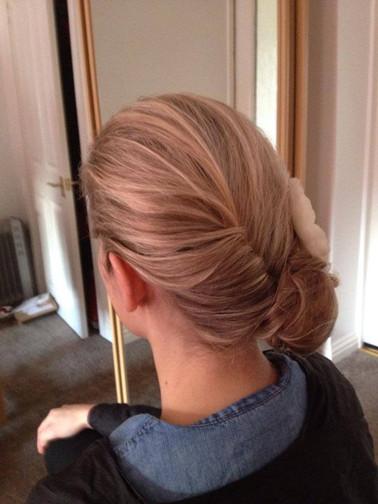 chignon-hairstyles-06.jpg