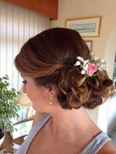 chignon-hairstyles-11.jpg