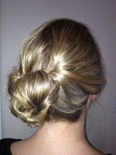 edinburgh-wedding-hair-chignon-21.jpg