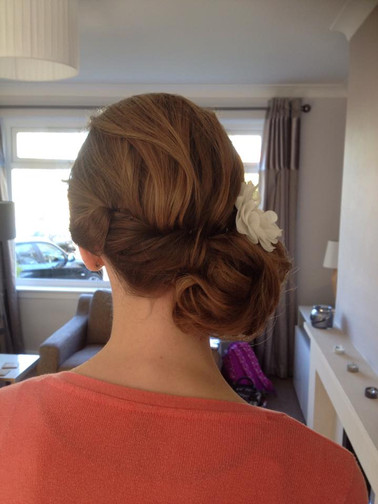 chignon-hairstyles-16.jpg