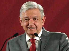 Presidente de México anuncia que no será obligatorio el uso de mascarilla.