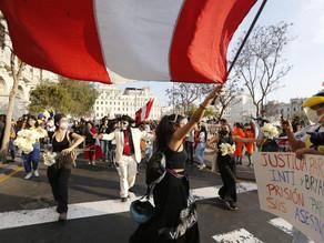 Cercado de Lima: Protestas continúan y piden justicia para las víctimas