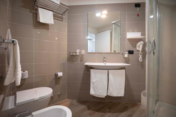 Camera senza balcone - bagno